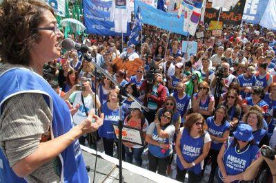 Santa Fe: El gobierno reabre la paritaria docente luego del paro de 48 horas