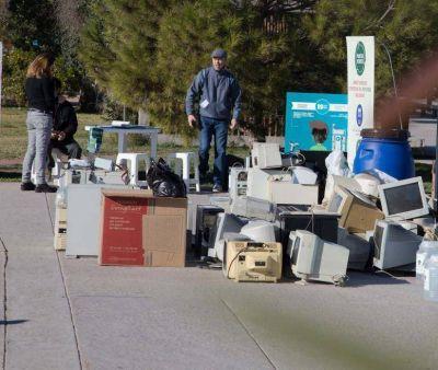 Campaña de recolección de residuos electrónicos