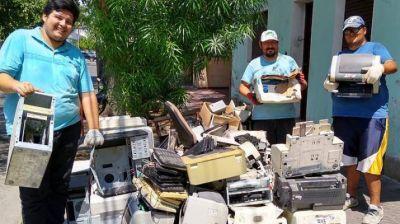 Instan a reciclar residuos informáticos para proteger el medio ambiente en Santiago del Estero