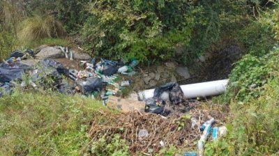 Vecinos denuncian un nuevo basural en Costa Azul
