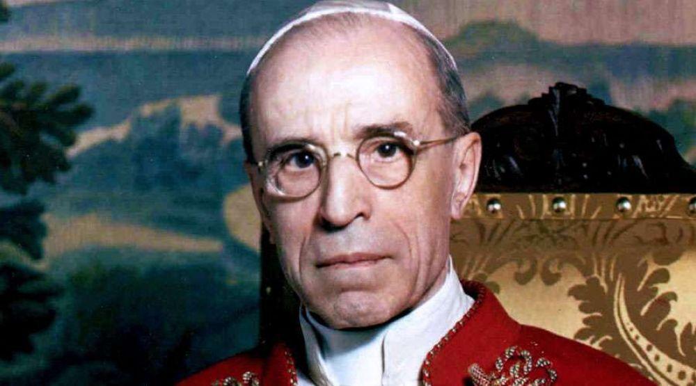 Archivos vaticanos darán una imagen completa de Pío XII, señala investigadora