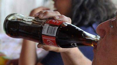 Empleados denuncian que Pepsi y Coca Cola no proveen materiales para prevenir COVID-19