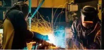 Metalúrgicos de Merlo: medidas empresariales, ¿para cuidar a quién?