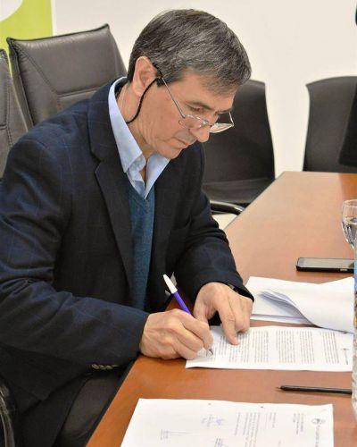 Lezama: Harispe firma decreto como medida preventiva