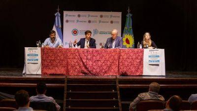 Kicillof pedirá ayuda al Gobierno nacional y les prometió $300 millones a los intendentes por el coronavirus