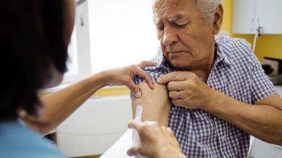 Sáenz anunció el inicio de la campaña de vacunación antigripal