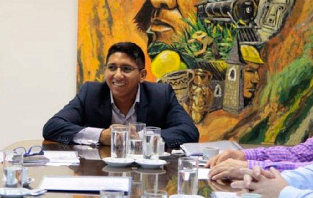 Coronavirus: un legislador del PJ reclama que se destituya a Bussi por actuar con