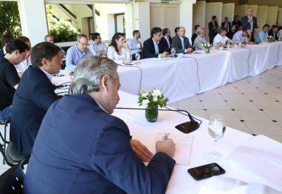 """Achával, con Fernández y Kicillof: """"Alberto remarcó que la prioridad hoy es salvar vidas"""""""