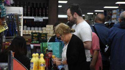 En medio de los controles de precios, los supermercadistas no temen por el abastecimiento y esperan una nueva ola de consumo