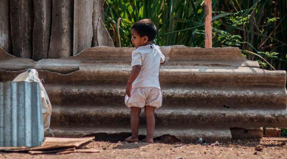 Sacerdotes piden refuerzo de medidas sanitarias en barrios vulnerables de Argentina