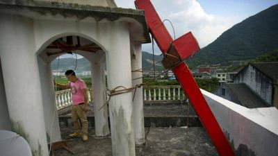 A pesar del coronavirus el gobierno chino continúa destruyendo iglesias