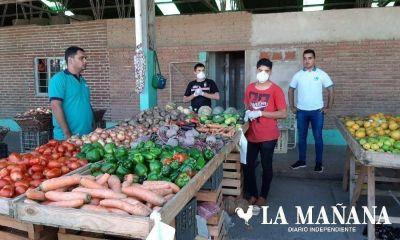 Mercado frutihortícola: solo el 50% de los puestos están funcionando y clientes denuncian remarcación de precios