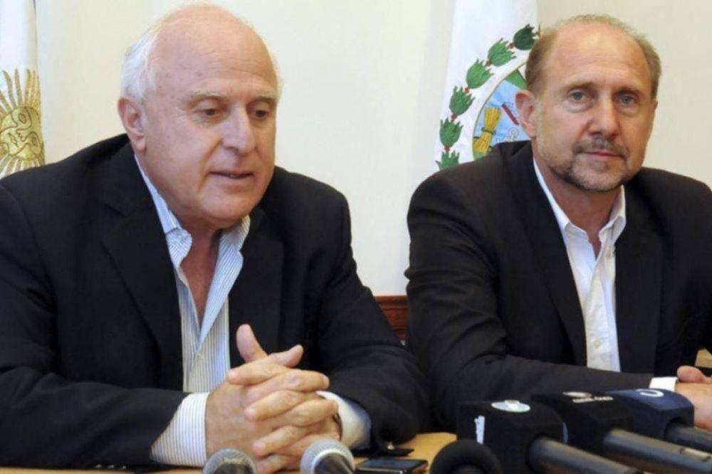 Perotti replicará con Lifschitz el abrazo de oso de Alberto Fernández