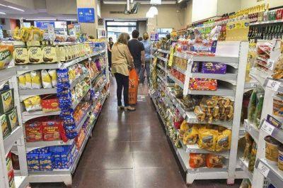 Supermercados en San Juan atienden hasta las 20 horas
