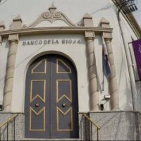 Banco Rioja: los clientes podrán solicitar su tarjeta de débito y recibirla en su domicilio