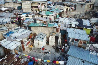 El FMI y el Banco Mundial piden aliviar la deuda de los países más pobres