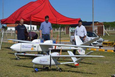 En el cielo de Miramar, Ianantuony desplegó aviones no tripulados para controlar cumplimiento del aislamiento social