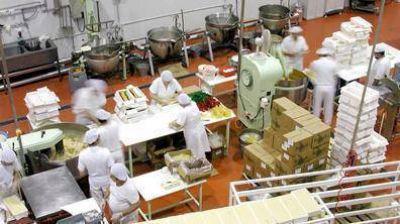La FTIA reclama reveer la situación de los trabajadores que no producen alimentos esenciales