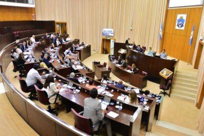 Diputados aprueban la emergencia sanitaria y dan luz verde a tomar deuda por 140 millones de dólares