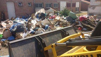 Los vecinos generan más basura y piden evitar sacar ramas y escombros