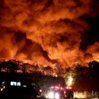 Una protesta de recogedores de basura en Encarnación terminó en un descomunal incendio
