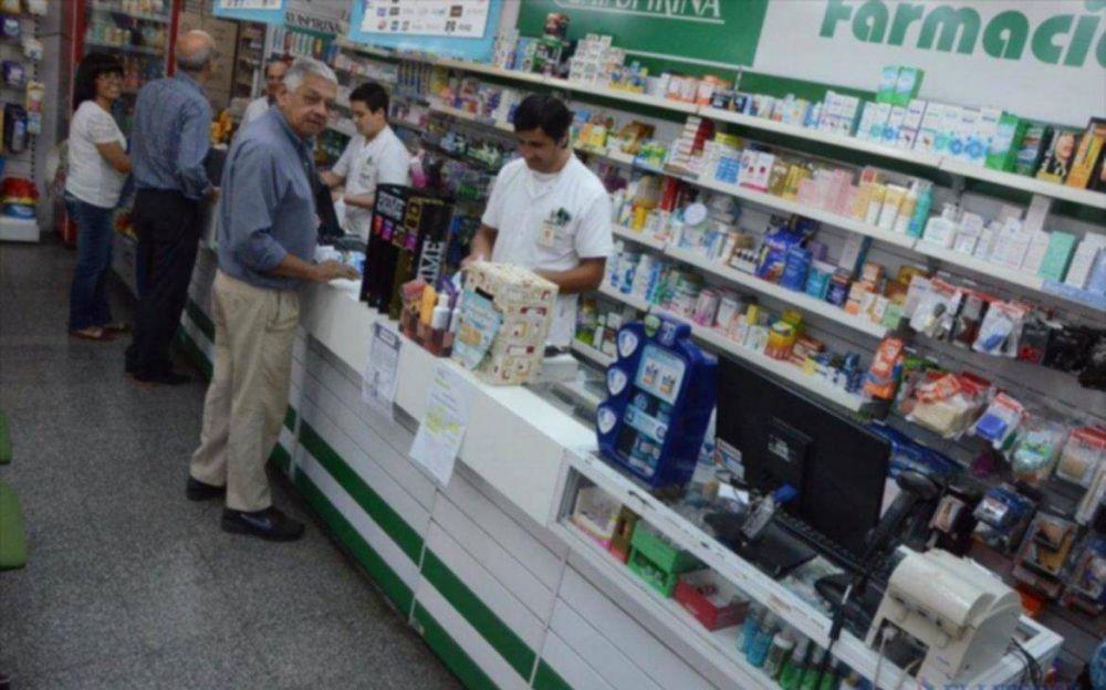 Llegaron las antigripales del Pami a farmacias y sigue la vacunación de Salud