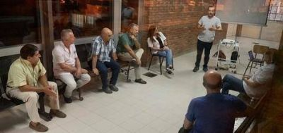 Abella se reunió con médicos de distintas fuerzas políticas