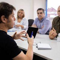 Axel Kicillof visitó los comités de emergencia de Altmirante Brown, Lomas y Esteban Echeverría