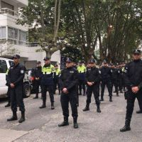 Llegaron 100 policías a la ciudad para reforzar los controles en la vía pública