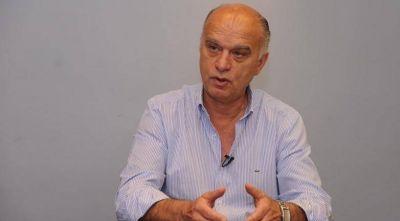 Por la crisis sanitaria, la planta política municipal de Lanús reduce sus salarios en un 30%