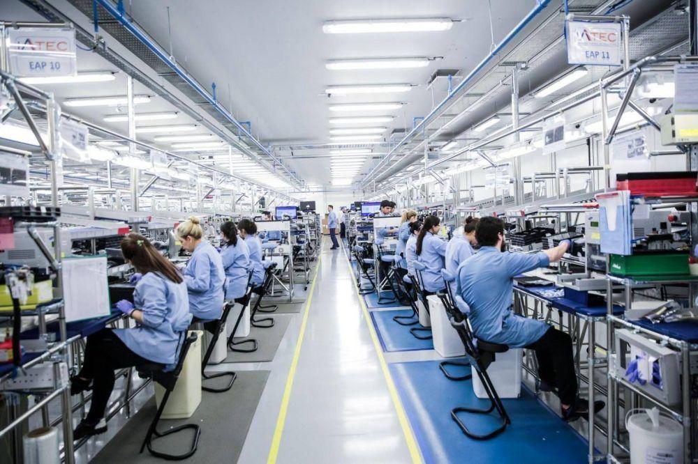Tierra del Fuego: Empresa electrónica inició tratativas para evitar el despido de 745 operarios