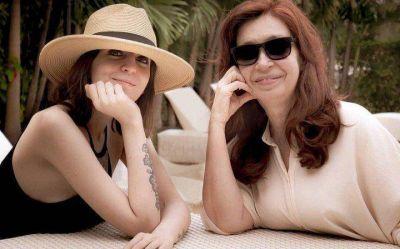 Coronavirus en Argentina: mientras mantiene silencio público, Cristina Kirchner habla a diario con ministros e intendentes