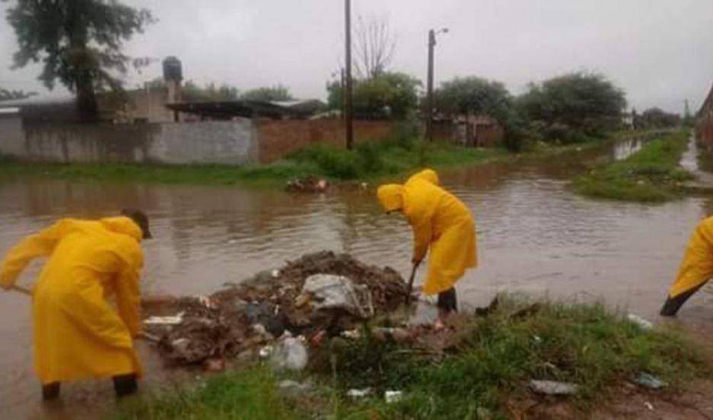 Extrajeron más de 300 kilos de basura de los canales de desagües