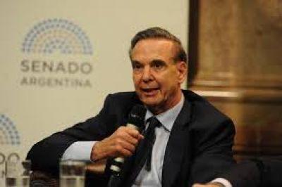 """Coronavirus en la Argentina: Miguel Pichetto critica al oficialismo y reclama porque """"ellos se juntan y a nosotros nos ponen en cuarentena"""""""