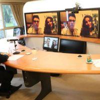 Coronavirus: a pedido del Papa, Alberto Fernández hizo una videoconferencia con adolescentes de 60 ciudades de diferentes países