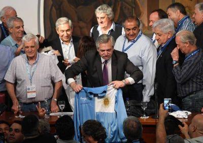 Luego de los elogios a Hugo Moyano, Alberto Fernández recibirá a la CGT en Olivos