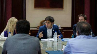 La oposición le pidió a Kicillof que los intendentes puedan usar fondos afectados para pagar sueldos