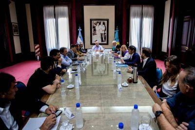 Kicillof juntó a legisladores de todos los bloques y escuchó sus propuestas