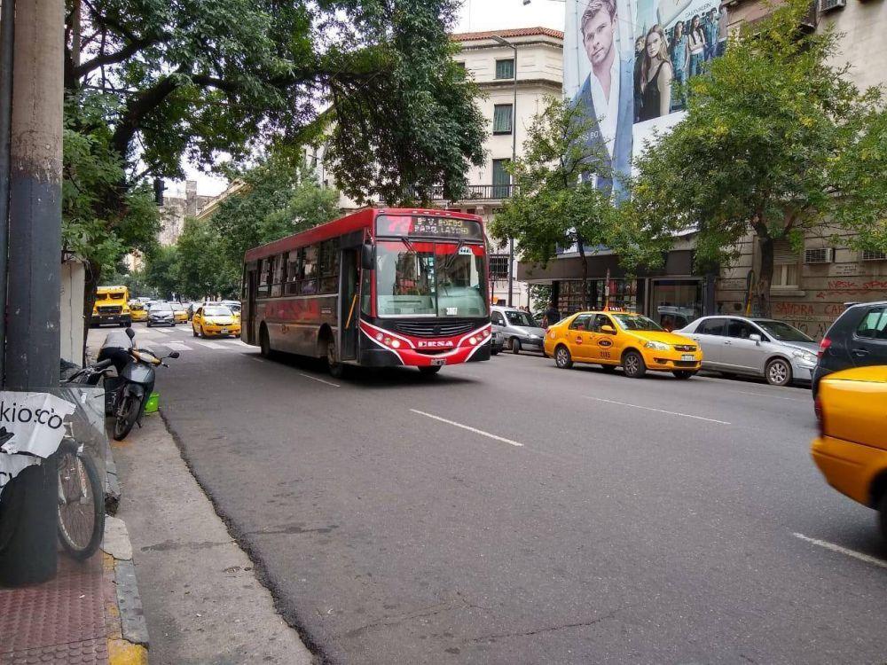 Trabajadores podrán viajar gratis en el transporte urbano de Córdoba