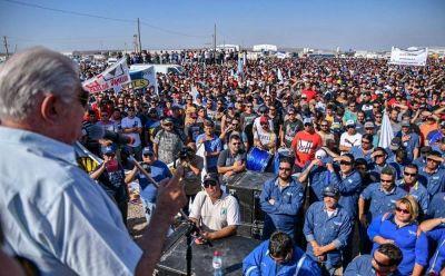 Neuquén: Petroleros solicitan una paritaria nacional en un marco de emergencia