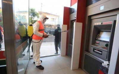 Bronca de los intendentes por la falta de cajeros automáticos en el Conurbano
