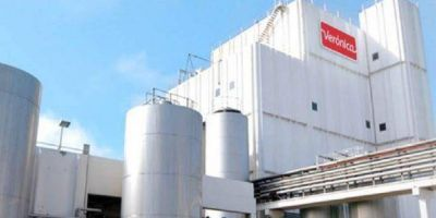 Industria láctea: denuncian que Verónica ofrece pagar los suelos en 4 cuotas, a pesar de sus ganancias millonarias