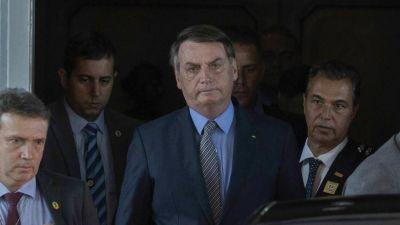 Golpe blando contra Bolsonaro, los militares lo corren del Gobierno