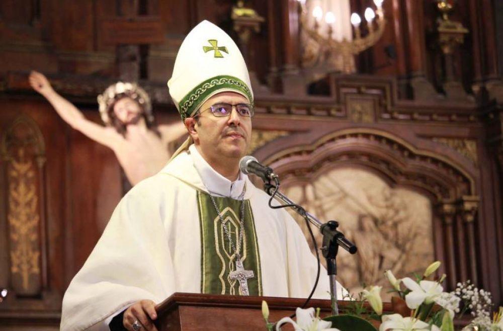 El Obispo ofició la Misa de Ramos por televisión