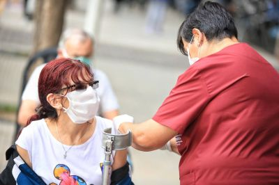 El municipio vacunó a más de 700 adultos mayores
