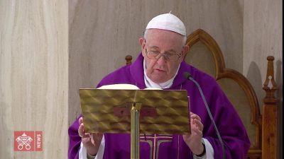 El Papa reza por los presos y piensa en los pobres: Jesús se identifica en ellos