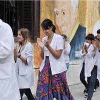 Preocupan los casos de discriminación a enfermos y profesionales de la salud