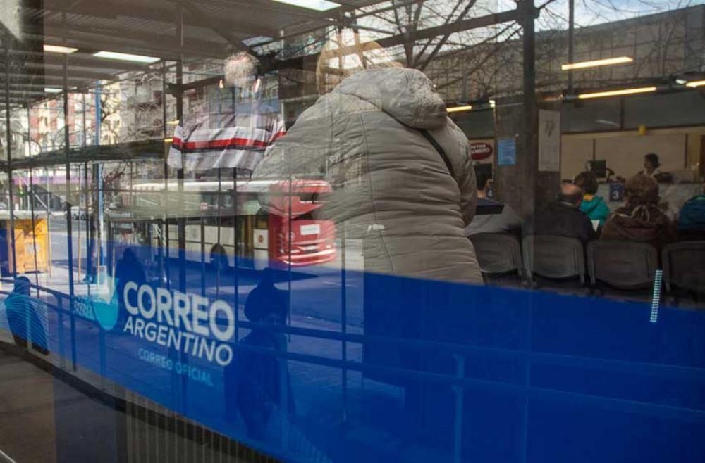Buscan evitar largas filas en el Correo Argentino