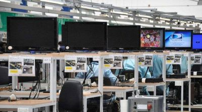 Electrónicas fueguinas pagaron sólo el 70% de los salarios y piden una reducción