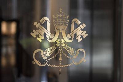 """La Santa Sede acoge """"con satisfacción"""" la sentencia a favor de George Pell"""